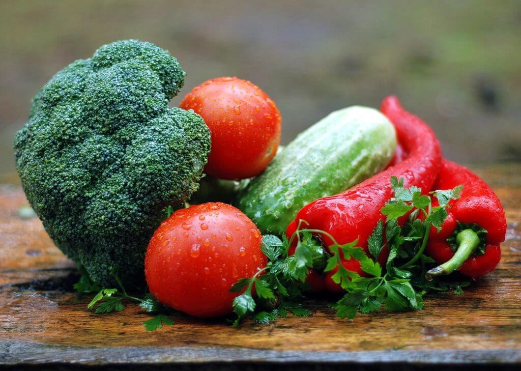 野菜,ブロッコリー,トマト