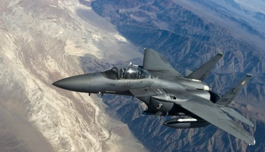 松島美紗女性初の戦闘機パイロット誕生!経歴と憧れたトップガンの世界