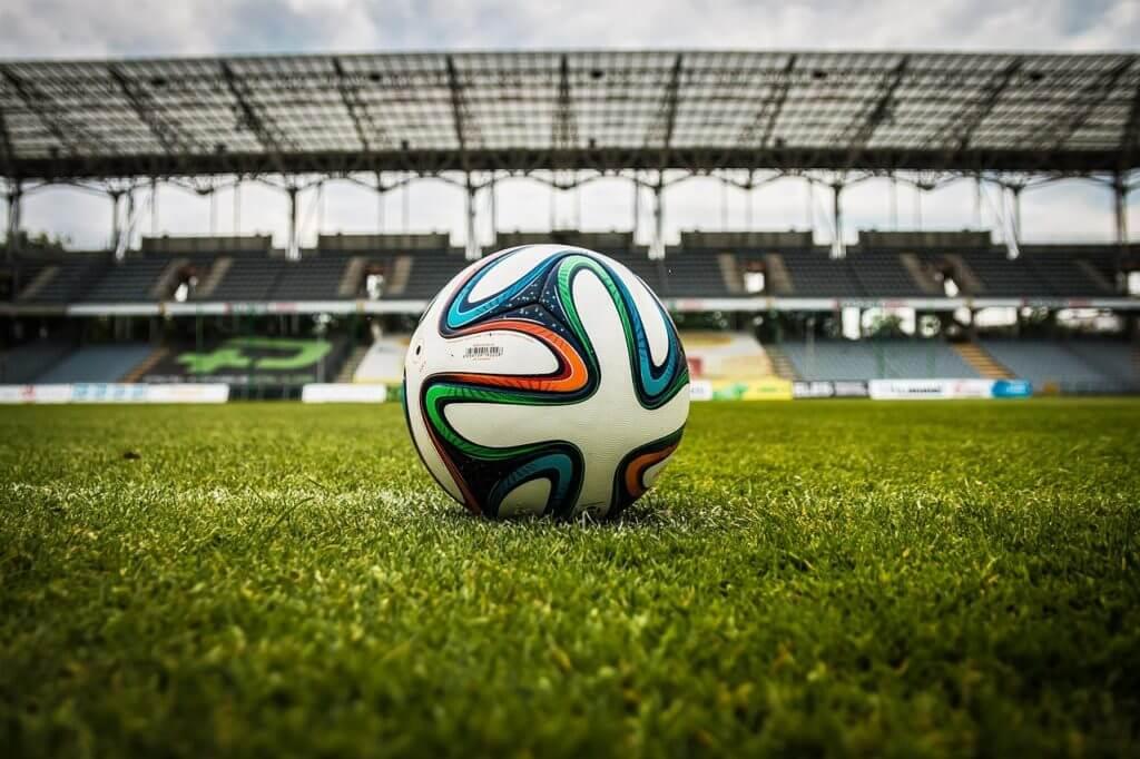 サッカースタジアム,サッカーボール