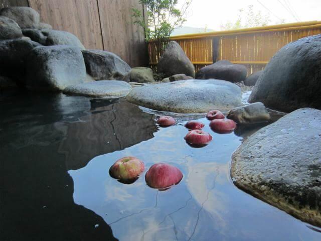 りんご温泉 露天風呂